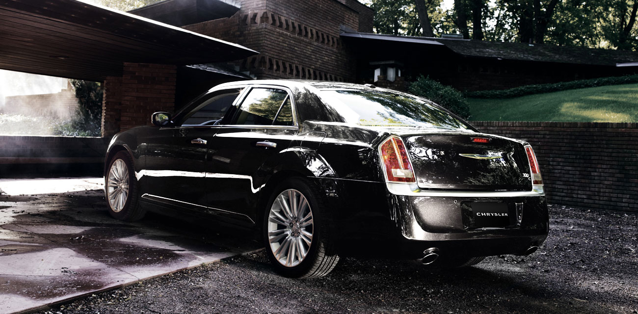 Chrysler 300c Limo Hire Geelong Chauffeur Driven